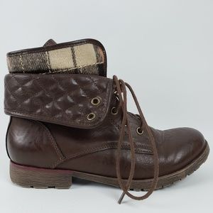 Rock and Candy Plaid Combat Bootie Brown | 8.5